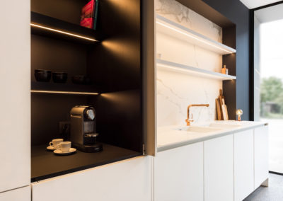Keuken modern, greeploos, model Nano, kleur wit