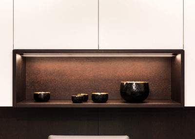 Keuken modern, greeploos, fineer hout