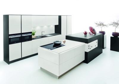 Keuken modern, greeploos, model Fenix, supermat