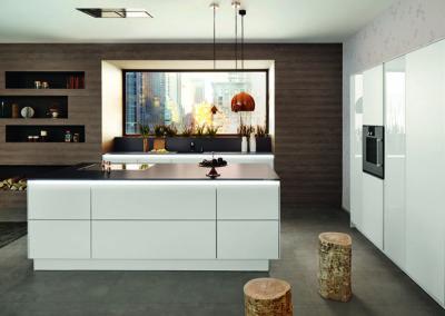 Keuken modern, greeploos, model Opal, Blackline, wit glanzend