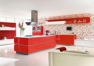 Keuken modern, greeploos, model Opal, hoogglanslak op RAL kleur