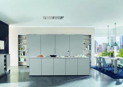 Keuken modern, model Arte, deuren gelakt volgens RAL