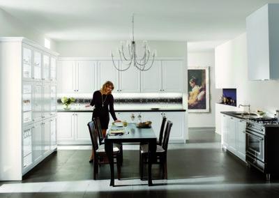 Keuken landelijk, model Royal, kaderdeur hoogglanslak