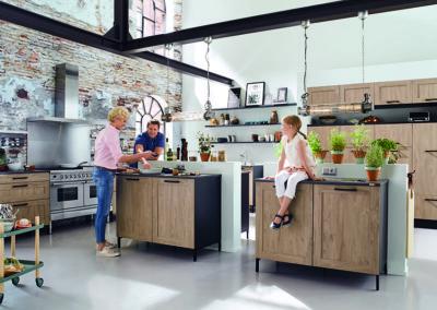 Keuken landelijk, model Sherwood, kaderdeur hout