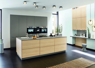 Keuken modern, model Top, lichte eik en model Fenix, supermat