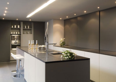 Keuken modern, greeploos
