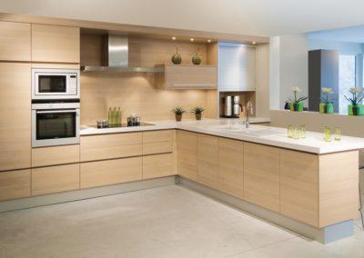 Keuken modern, greeploos, Eik licht
